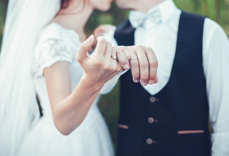 【新潟市】誕生石の結婚指輪【3月アクアマリンのマリッジリング】