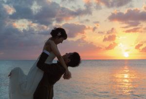 【富山市】サプライズプロポーズは婚約指輪だけじゃない!ダイヤモンドで贈ろう