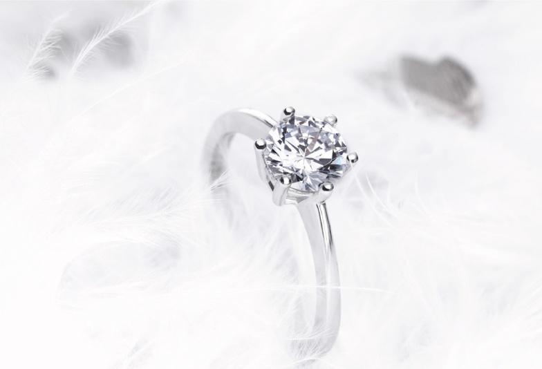 【石川県小松市イオンモール】1粒ダイヤモンドの婚約指輪!いつの時代も選ばれる3つの理由
