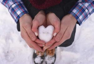 【神戸市・三ノ宮】ダイヤモンドでプロポーズ!婚約指輪選びの不安を解決する驚きの方法とは?