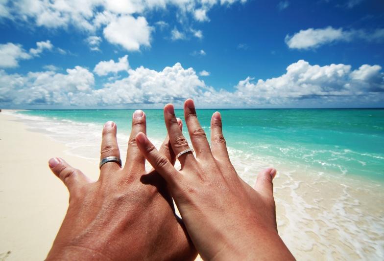【那覇市】口コミで大人気!沖縄ならではの「ミンサー柄」の結婚指輪をご紹介!