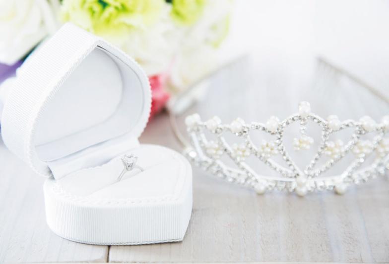 【三重県】輝きの強いダイヤモンドを選ぶなら。花嫁が憧れる、ロイヤルアッシャーの婚約指輪をご紹介!