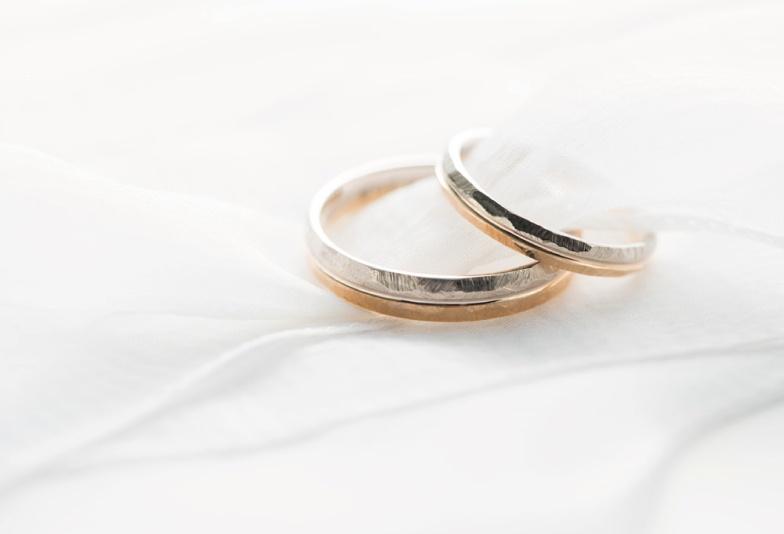 【富山市】個性的な結婚指輪をお探しの方へ!2連に見えるお洒落なデザインとは?
