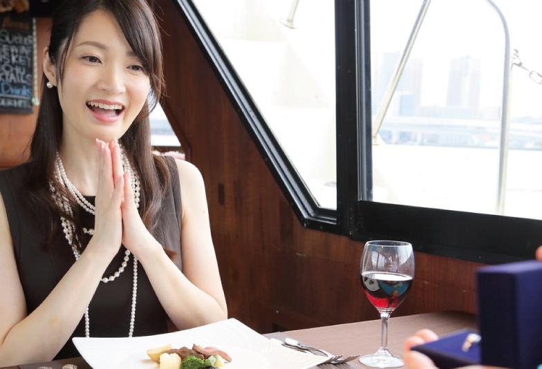 【米沢市】女性様に気持ちを伝え、決意を表す婚約指輪の大切な意味!
