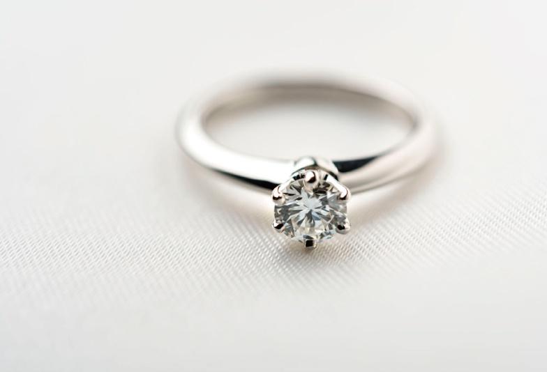 【福井市】婚約指輪はやっぱり「プラチナ」を選ぶべき!その理由とは?
