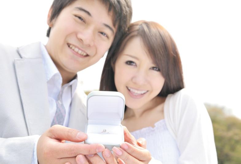 【神戸・三ノ宮】サプライズプロポーズ!オシャレな彼女にはどんな婚約指輪がいい?