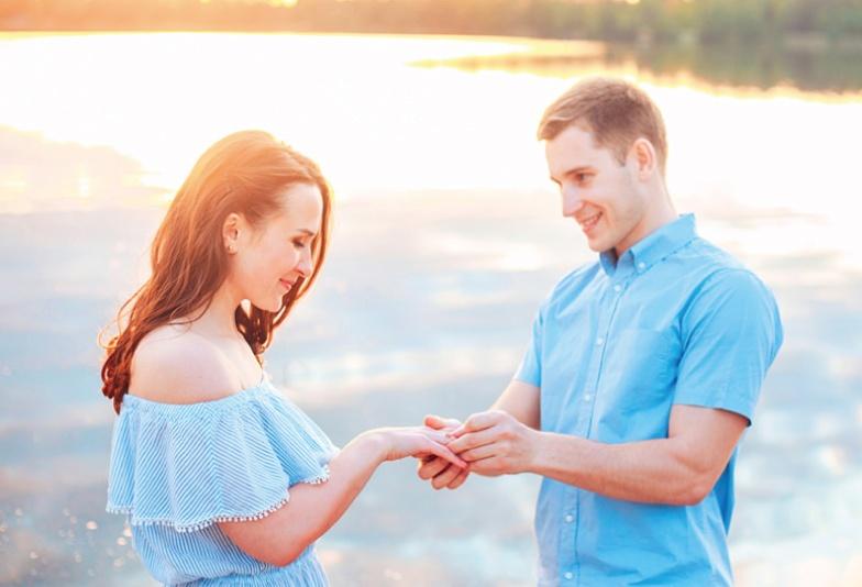 【金沢・野々市】知っておきたい!プロポーズのタイミングと婚約指輪の選び方