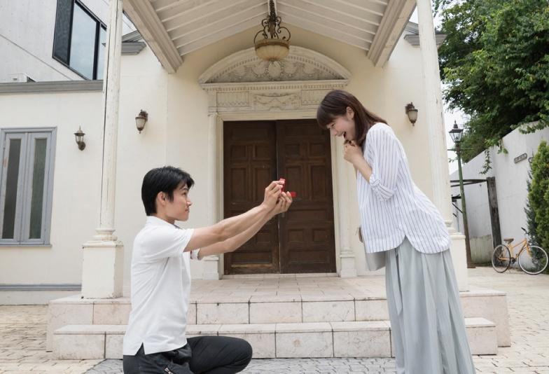 【静岡市】プロポーズに婚約指輪は必要?女性に聞いたプロポーズ体験談!