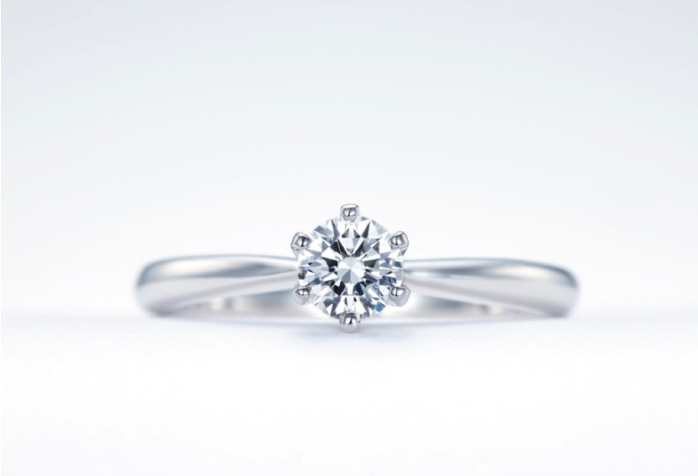 【浜松市】結婚20年で婚約指輪はリフォームしてしまうって本当?その理由とは