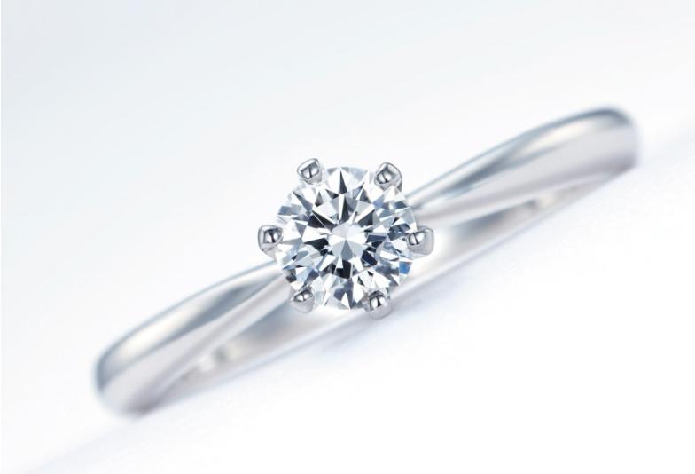 【石川県小松市イオンモール】もったいない!大切な婚約指輪だからこそいろんなシーンで着けて!
