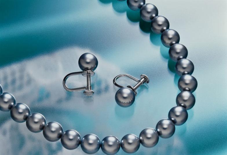 【静岡市】大人の魅力を感じる身だしなみ『黒蝶真珠のネックレス』
