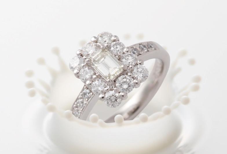 【石川県小松市イオンモール】予算30万円以内の婚約指輪で叶える!ゴージャスデザイン3選