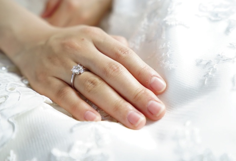 【金沢・野々市】婚約指輪と結婚指輪の重ね着け重視!キュートな重ね着けが出来るセットリング