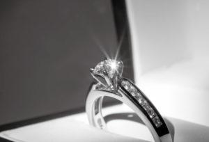 【山形】婚約指輪の意味って?婚約指輪の大切な3つの意味