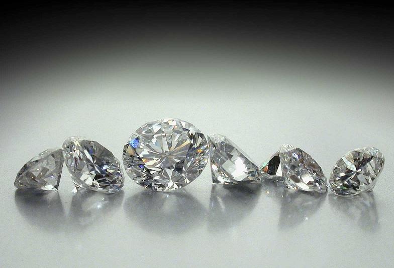 【米沢市】婚約指輪のダイヤモンドに注目☆世界で最も美しいと称されるダイヤモンド【ラザールダイヤモンド】