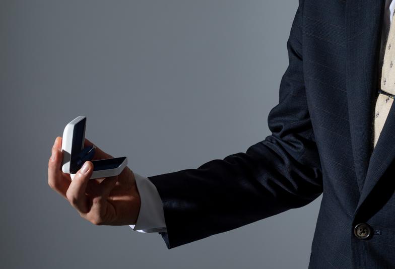 【静岡市】婚約指輪は購入から受け取りまで何日かかる?サプライズプロポーズするなら知っておきたい準備期間とは