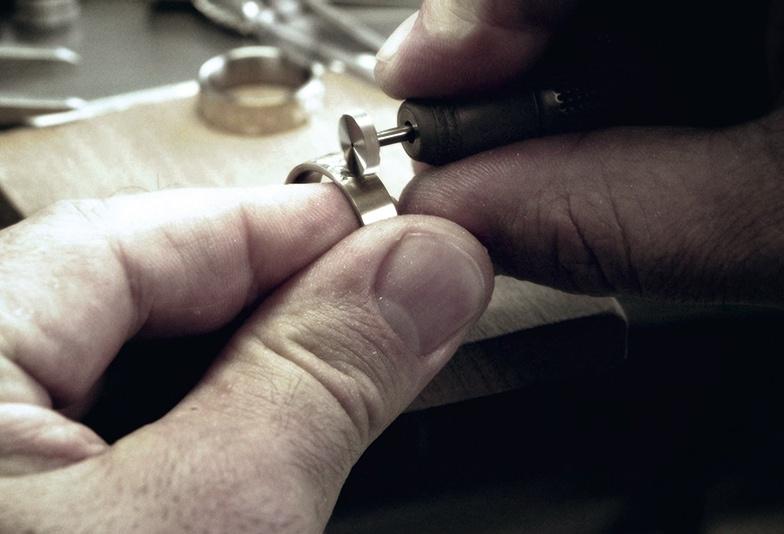 【岩手県】シンプルな結婚指輪で人気?高品質・スイスメイドの「MEISTER」とは