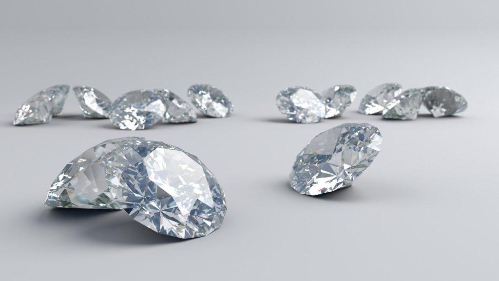 【飯田市】ダイヤモンドの4Cって何?価値を決める基準とは