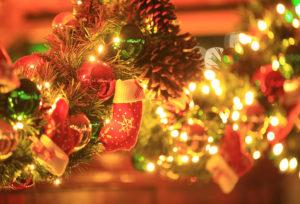 【静岡市】女性がさらに喜ぶ!クリスマスプロポーズにはプレゼントも一緒に。