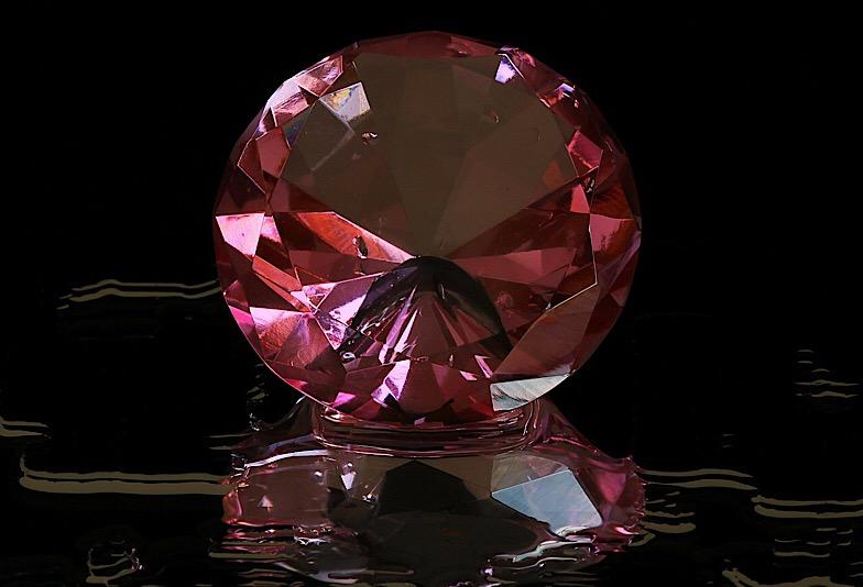 【新潟市】ダイヤモンドは青、ピンク、黒があるのをご存知ですか?