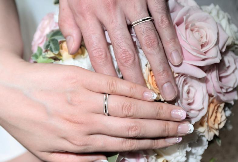 【豊橋市】結婚指輪、より安く購入したい方へ。素材によって変わる!リーズナブルな指輪とは?