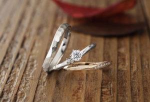 【沖縄県】2020年大注目!!婚約指輪のデザインは槌目が人気!BAUMの『Pieris ピエリス』