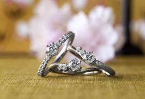 【沖縄県】絶対失敗しない!サプライズで喜ぶ婚約指輪デザイン「イロノハ」とは?