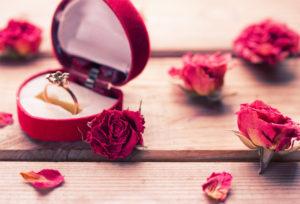 【静岡市】結婚指輪よりも婚約指輪を重視するべき3つのポイント
