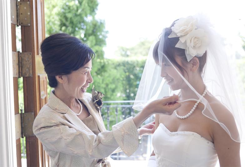 【日田市】結婚する娘へ母親が手伝う最後の身支度~真珠ネックレス~