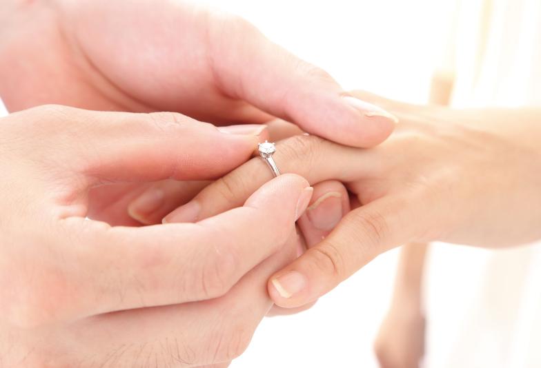 【宇都宮市】男性必見!婚約指輪を買うときのポイントとは?