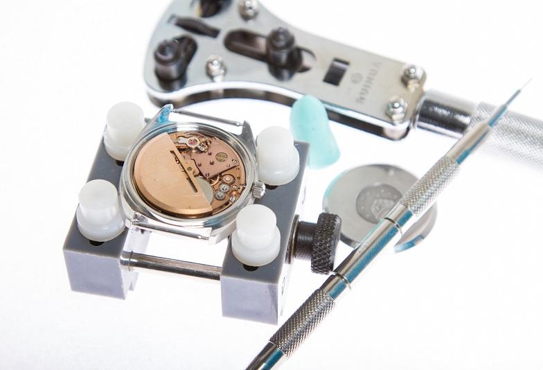 【福井市エルパ】時計が止まった!スピーディーに電池交換できます!