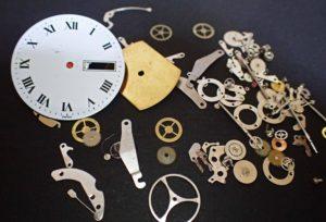 【石川県小松市イオンモール】「機械式時計」はなぜ数日で止まるの?
