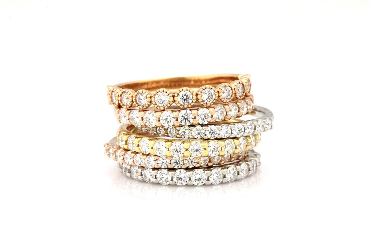 【浜松市】キラキラな結婚指輪デザインが好きな人におすすめ!「エタニティリング」とは?