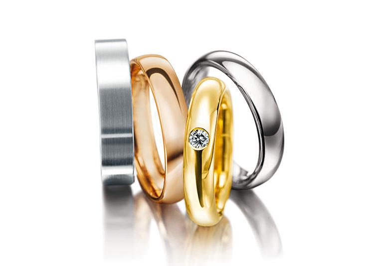 プラチナ・ゴールド素材を選べる結婚指輪