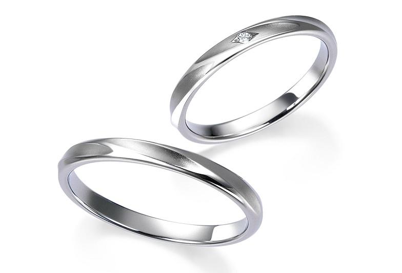 富山市で人気のロイアルアッシャー結婚指輪