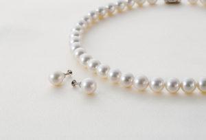 【日田市】真珠のネックレスは糸替えが大切