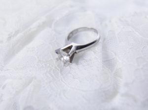 【宇都宮市】受け継いだ婚約指輪をジュエリーリメイク。5万円以下で素敵なリングに。