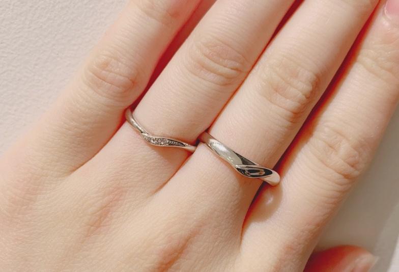 福井市で見られるV字結婚指輪