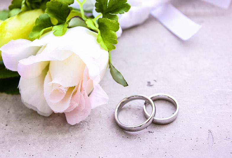 【福井市ベル】結婚指輪と婚約指輪の刻印って何を入れたらいいの?