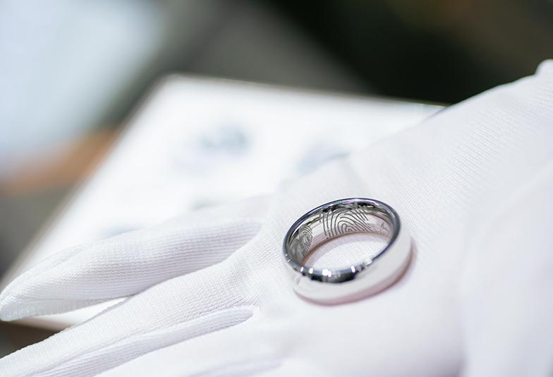 【秋田県】結婚指輪にはオリジナルの刻印がおすすめ!MEISTERの「ハンドライティング」とは