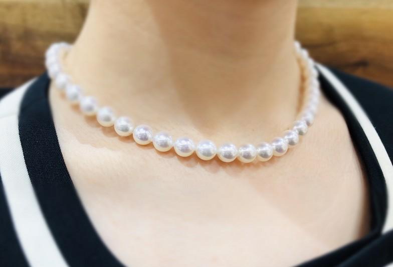 【福井市】真珠ネックレス!身長に合わせて着けこなせる選び方とは?