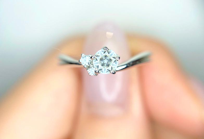 【富山市】特別な婚約指輪!星が見えるダイヤモンド「WISH UPON A STAR」をご紹介!