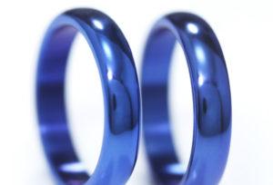 【静岡市】実験!結婚指輪で使われるチタンとジルコニウムの色の持ちの衝撃の差