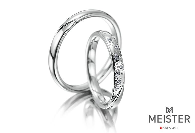 安心の鍛造製法の結婚指輪