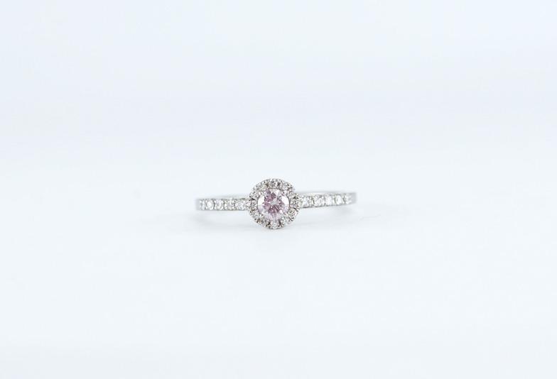 【筑紫野市】華やかな輝きが特徴のピンクダイアモンド