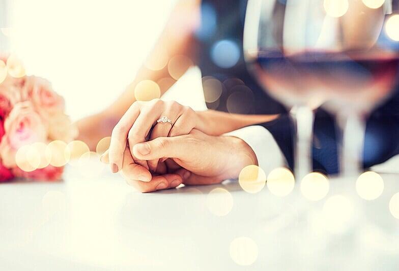 【山形市】プロポーズ体験談!婚約指輪を受け取った私の本音