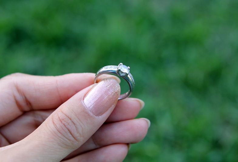 【荒尾市】婚約指輪は必要?不必要?