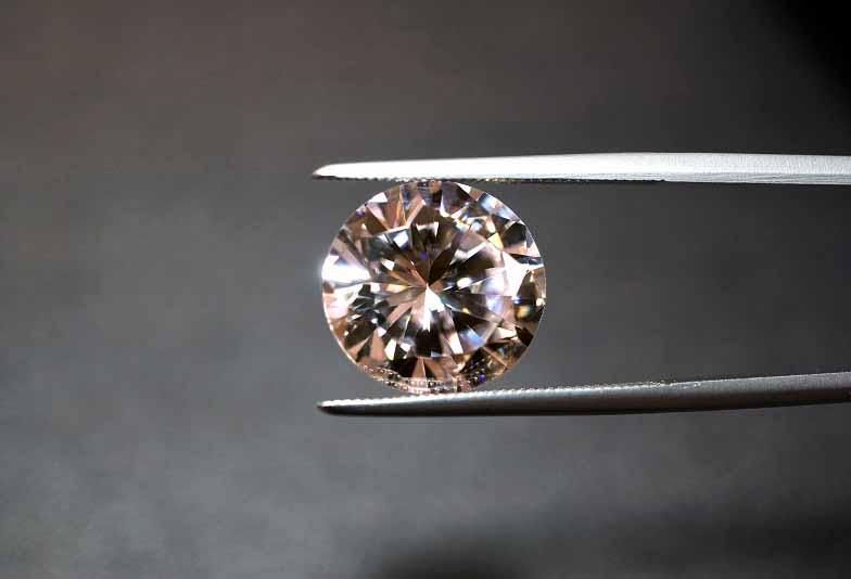 【福井市ベル】普段使いしやすい!茶色のダイヤモンドとは?