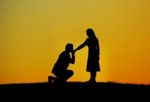 【大阪・心斎橋】婚約指輪に込められた本来の願い…?