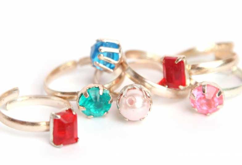 【大阪・心斎橋】結婚指輪にカラーストーンを入れる人が増えてきてるって本当??